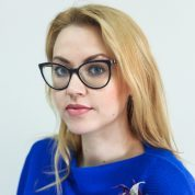 Anastasia Rusakova<small> /Associate Director</small>